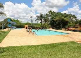 piscina-camping-e-cachoeira-saltao-brotas