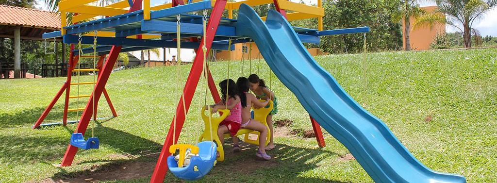criancas-playground-cachoeira-saltao-brotas
